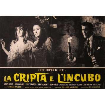 LA CRYPTE DES VAMPIRES Photo de film - 46x64 cm. - 1964 - Christopher Lee, Camillo Mastrocinque