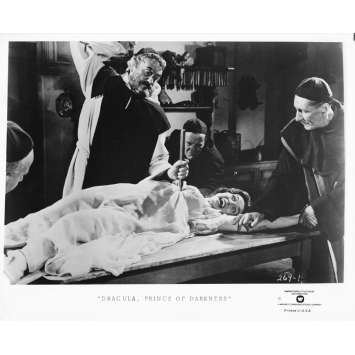 DRACULA PRINCE OF DARKNESS Original TV Still 269-1 - 8x10 in. - R1970 - Terence Fisher, Christopher Lee