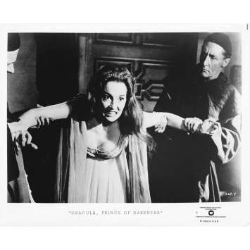 DRACULA PRINCE OF DARKNESS Original TV Still 269-9 - 8x10 in. - R1970 - Terence Fisher, Christopher Lee
