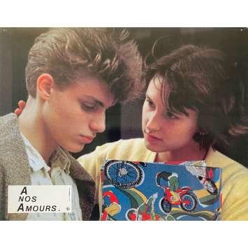 A NOS AMOURS Photo de film N01 - 21x30 cm. - 1983 - Sandrine Bonnaire, Maurice Pialat