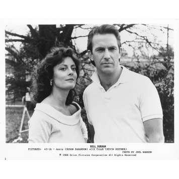 DUO A TROIS Photo de presse 43-16 - 20x25 cm. - 1988 - Kevin Costner, Susan Sarandon, Ron Shelton