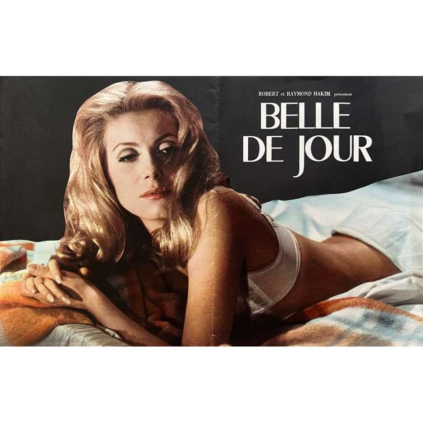 BELLE DE JOUR Original Pressbook- 12x15 in. - 1967 - Luis Bunuel, Catherine Deneuve