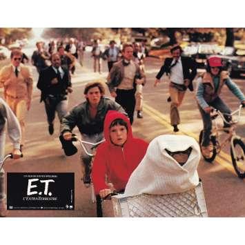 E.T. THE EXTRA-TERRESTRIAL Original Lobby Card N02 - 9x12 in. - 1982 - Steven Spielberg, Dee Wallace
