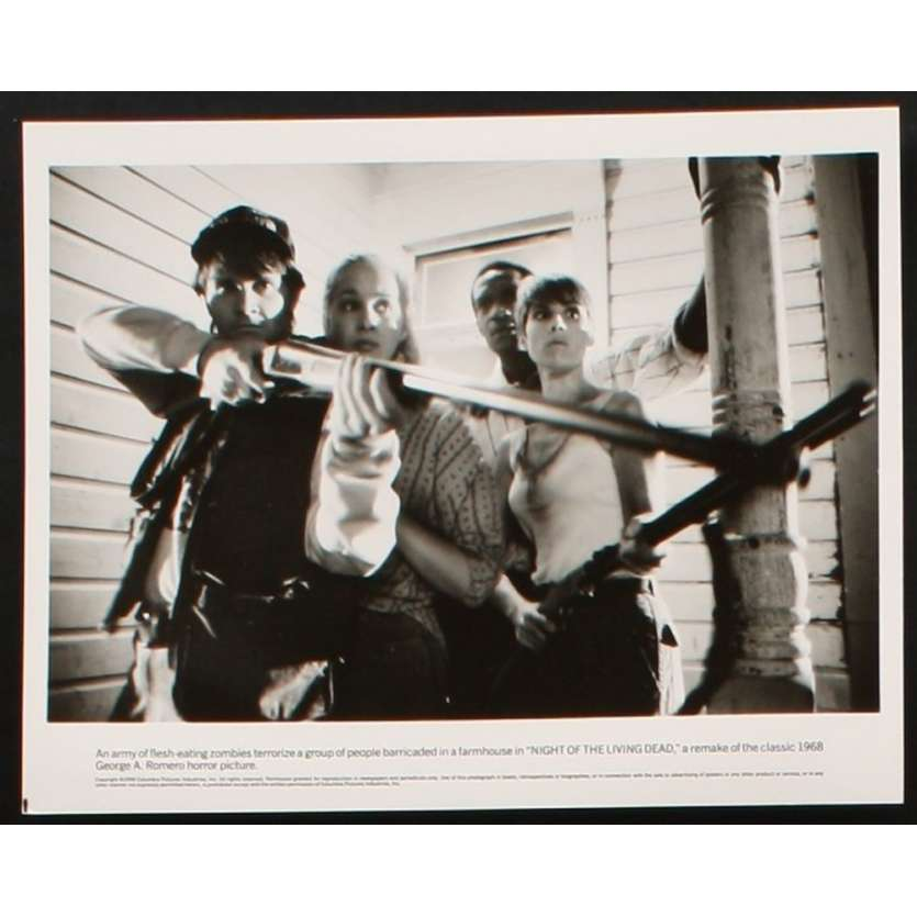 NIGHT OF THE LIVING DEAD 8x10 still N1 '90 Tom Savini, George Romero candid, cool zombies!