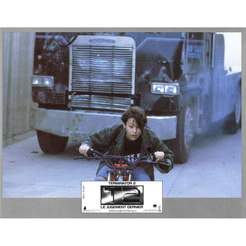TERMINATOR 2 Photo de film N7 21x30 - 1991 - Arnold Schwarzenegger, James Cameron