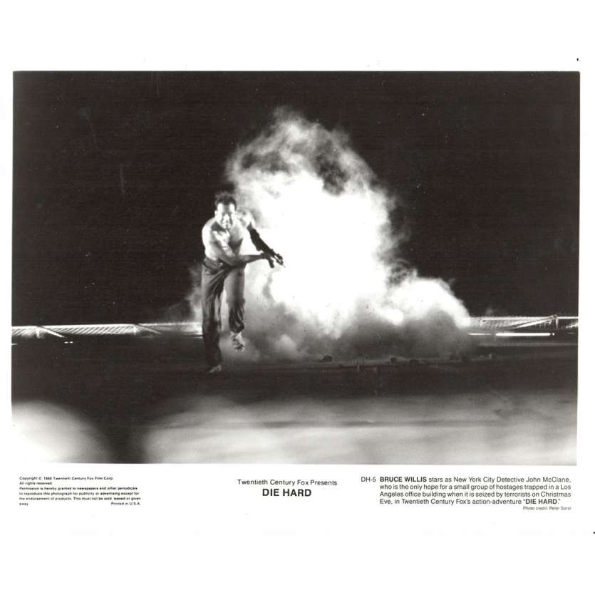 DIE HARD US Press Still 8x10- 1988 - John Mc Tiernan, Bruce Willis
