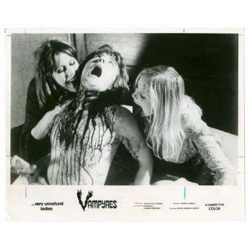 VAMPYRES 8x10 still '76 wild gory image of sexy female vampires feeding on shirtless man!