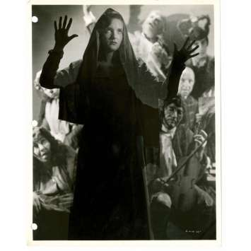 BEDLAM 8x10 still '46 creepy close up of hooded Joan Newton by Gaston Longet!