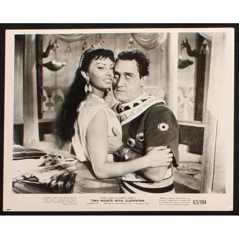 DEUX NUITS AVEC CLEOPATRE Photo de presse 3 20x25 - 1954 - Sophia Loren, Mario Mattoli