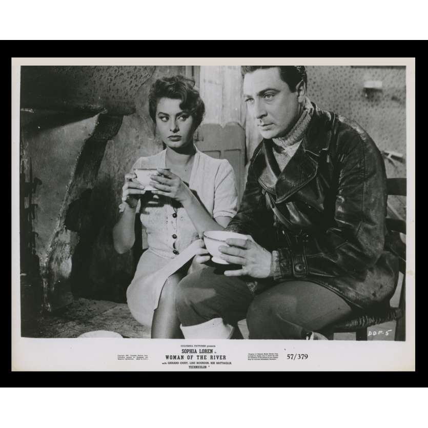 WOMAN OF THE RIVER US Still 6 8x10 - 1954 - Mario Soldati, Sophia Loren